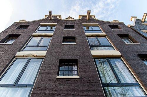 Huisvesting - Network Netherlands